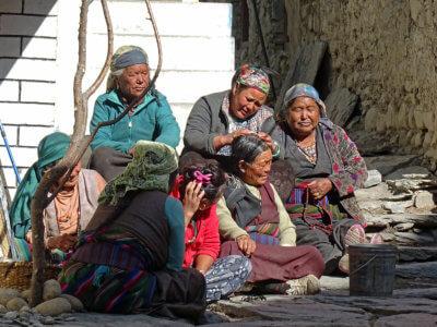 Trek kolem Annapurny 2018 / Další věc, co vás určitě nepřestane bavit, je pohoda místních obyvatel. Ty úsměvy, ta upřímnost a velkorysost. Že by za to mohly hory?