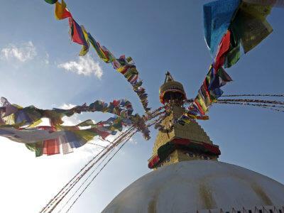 Trek kolem Annapurny 2018 / Jedna z nejvýznamnějších budhistických památek v KTM – po zemětřesení opravený Budhanát. Centrum tibetského budhismu.