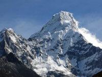 Asi nejhezčí kopec vHimálaji. Ama Dablam (6812m) . Co se ho pokusit vylézt příští rok?