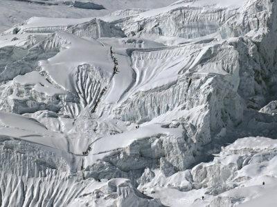 Manaslu 2018 / Spousta turistů na kopci v tomhle roce